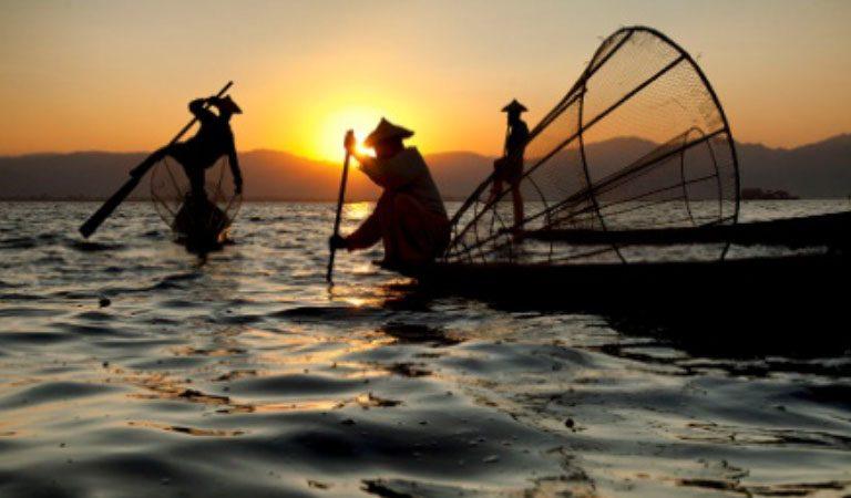 Inle Lake rybáři
