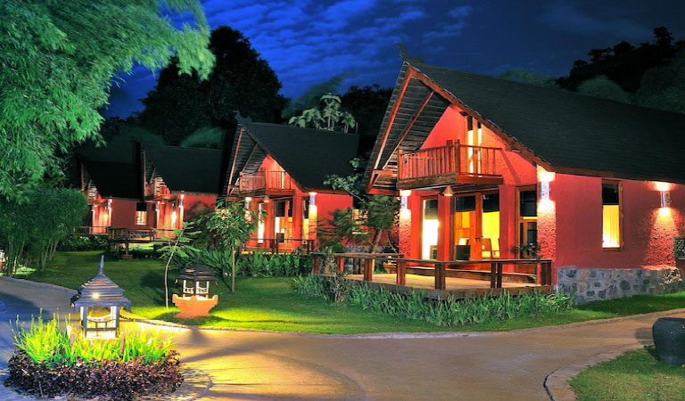 PRISTINE LOTUS SPA RESORT INLE  5*
