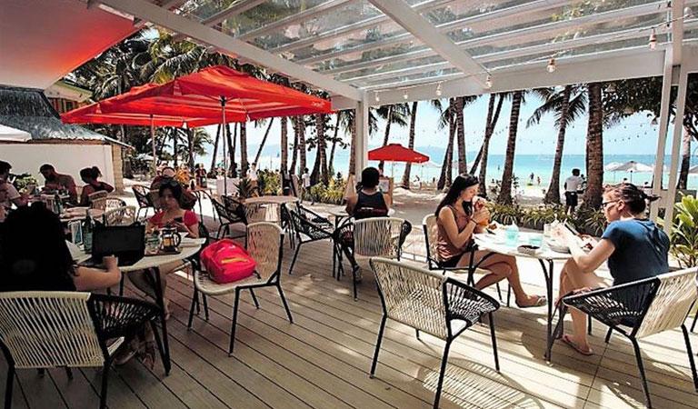 Filipíny ostrov Boracay restaurace